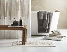 Bathroom Decor: How to Get Luxury for Less. #decor #home