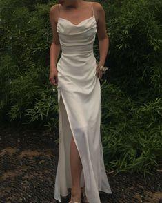 Split Prom Dresses, Pretty Prom Dresses, Grad Dresses, Satin Dresses, Elegant Dresses, Beautiful Dresses, Formal Dresses, Prom Party Dresses, White Long Prom Dresses