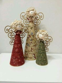 New Ideas Patchwork Christmas Angels Diy Christmas Ornaments, Homemade Christmas, Christmas Angels, Rustic Christmas, Christmas Art, Christmas Projects, Beautiful Christmas, Holiday Crafts, Christmas Holidays