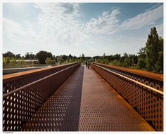 Concrete-Corten_Bridge_Over_Rio_Arga-Aranzadi_Park-08 « Landscape Architecture Works   Landezine