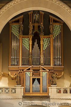 1990 Guilbault-Therien organ, Opus 35, at the Chapelle du Grand Seminaire, Montreal, Quebec, Canada