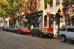 Shockoe Bottom is a happening place especially on a Friday night. With everything from Chinese food to art exhibits.