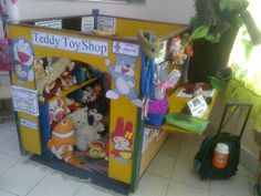 Teddy Toy Shop Role-Play Area classroom display photo – Photo gallery – SparkleB… – Best Baby And Baby Toys Toys For Girls, Kids Toys, Baby Toys, Play Corner, Role Play Areas, Dramatic Play Area, Classroom Displays, Classroom Ideas, Eyfs Classroom