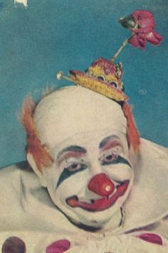 Vintage 1940s Clown Images - gruesome & beautiful #3