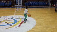 Baschetul ajută la formarea oricărui copil, indiferent de vârstă! Înscrie-ți și tu micuțul pe www.baschetclubalpha.ro!