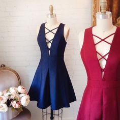 Zoélie Marine ou Bourgogne ? 👈👉...Lace up short dress perfect for your fall special occasions;) available at www.1861.ca