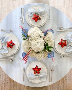 Fourth Of July Decor, 4th Of July Party, July 4th, Patriotic Party, Patriotic Table Decorations, Mini Flags, Blue Color Schemes, Blue And White China, Debutante
