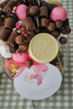 LOS DETALLES DE BEA: Nubes .. Sugus & Chocolate para la boda de Isabel...
