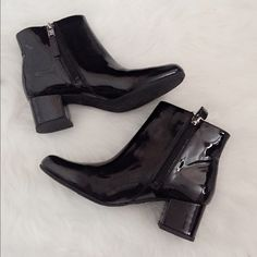 NWT ankle boots Size 6.5 but fits 5.5. Very classy and style. New without box. Listed brand just for views, it is from Sam &Libby Zara Shoes Ankle Boots & Booties