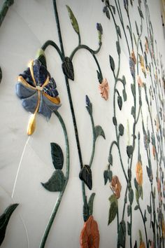 precious and semi-precious stones inlaid in marble walls at the Grand Mosque - [ Abu Dhabi ]