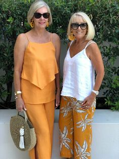 womens fashion over 40 white blouses - Summer Outfits Summer Outfits Women Over 40, Clothes For Women Over 50, Cool Summer Outfits, Casual Summer, Fashion For Women Over 40, 50 Fashion, Fashion Outfits, Petite Fashion, Spring Fashion