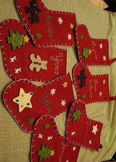 Appliqués pour feutrine de Noël Marcel, Tree Skirts, Gingerbread Cookies, Images, Creations, Christmas Tree, Holiday Decor, Google, Red Socks