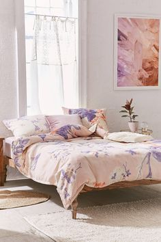 Slide View: 2: Cabbage Rose Duvet Cover