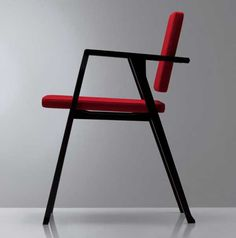 Luisa-Chair-by-Franco-Albini-black-and-red
