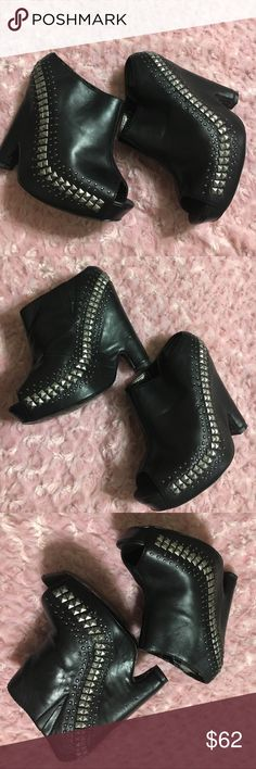 SAM  EDELMAN WEDGE SHOES SIZE6.5 Heel height 5 in. No box. Check pix. For exterior scuffs and marks. Sam Edelman Shoes Wedges