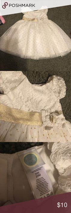 White and gold dress Little girls white and gold dress by little me brand-new has ever been used 24 months is great for Easter or any other spring occasion Little Me Dresses Formal