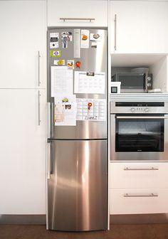 Zona de comidas en una cocina alargada - Ebom | Ebom