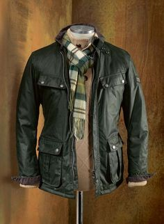 """HIRMER recommendation from waxed cotton: classic BARBOUR International ™ jacket """"Duke"""" with corduroy collar. In olive and black Source by Stefan_Peil Barbour Jacket Mens, Barbour Wachsjacke, Mode Outfits, Casual Outfits, Men Casual, Trendy Fashion, Men's Fashion, Sporty Fashion, Sporty Chic"""