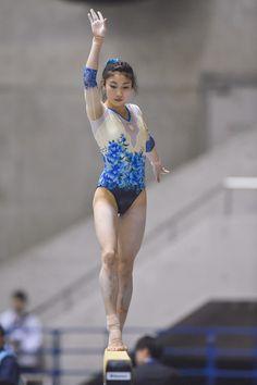 Yuki Uchiyama - Yuki Uchiyama Photos - All Japan Artistic Gymnastics Individual All Around Championships - Day 3 - Zimbio Gymnastics Training, Sport Gymnastics, Artistic Gymnastics, Rhythmic Gymnastics Leotards, Balance Beam, Female Gymnast, Olympic Athletes, Young Female, Female Poses