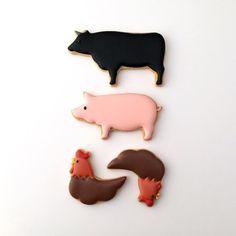 美味しい動物をモチーフにしたアイシングクッキー(笑)  #meat #お肉 #クッキー #アイシングクッキー #cookie #cookies #decoratedcookie #decoratedcookies #sugarcookie #sugarcookies #icingcookie #icingcookies