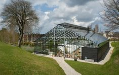 Tips on Planning as well as Building Your Home Greenhouse – Greenhouse Design Ideas Greenhouse Attached To House, Home Greenhouse, Greenhouse Plants, Tropical Architecture, Mediterranean Architecture, Architecture Design, House In Nature, House Deck, A Frame House