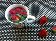 How to make refreshing detox water, step by step, including delicious, tried and true ingredient combinations, recipes, and more.: Strawberry, Raspberry, and Mint Water