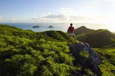 Hawaii, Oahu, Lanikai, Woman Hiker Admiring View Of Mokulua Islands. - Dana Edmunds/Design Pics/Perspectives/Getty Images