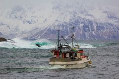 Sometimes I want to get into a boat and sail away... #Laukvik #Lofoten #Nordland #Norway #Ocean #Boat #FishingBoat #waves #Moauntains #BlueWater #ig_nordnorge #VisitNorway #VisitLofoten #VisitScandinavia #Vollen #Snow #Winter