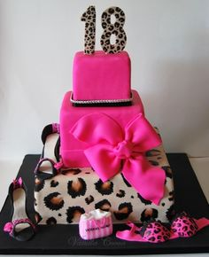 sassy leopard cake by Cocoa Claudia, via Flickr