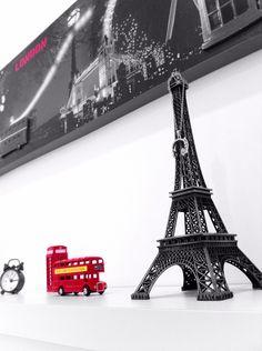 Decoração do meu quarto! Mini torre Eiffel, ônibus de Londres, cabine telefônica de Londres!