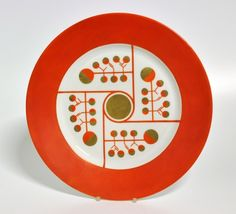 Dinner plate by Nora Gulbrandsen for Porsgrund Porselen. In production between Ceramic Plates, Decorative Plates, 1920s House, Kitchenware, Tableware, Modern Love, Kitchen Cupboards, Fun Prints, Earthenware