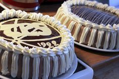 Pitsiniekka | Chocolate & Cream Cake with a Logo Chocolate Cream Cake, Pesto, Logo, Cooking, Desserts, Kitchen, Tailgate Desserts, Logos, Deserts