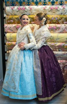 Beautiful Dresses, Nice Dresses, European Dress, 18th Century Fashion, Traditional Fashion, Western Outfits, Mother Of The Bride, Dress Making, Doll Clothes