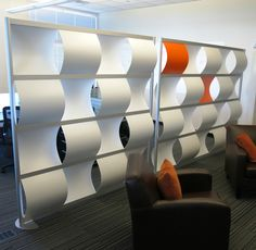 Wave Screen establishes a visual barrier while letting light and air pass undeterred through its undulating openings. Office Room Dividers, Office Walls, Create Partition, Orange Office, Decorative Room Dividers, Furniture Inspiration, Design Inspiration, Design Ideas, Interior Design Magazine