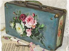 Купить Большой винтажный чемодан - комбинированный, винтаж, чемодан, интерьер, рукоделие, антик, чемодан