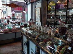 Rue Elzevir: Chocolate shop in the Marais