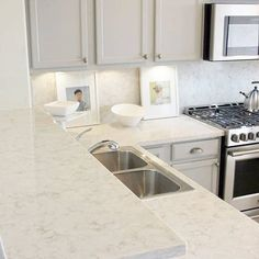 Bon #Viatera Quartz Countertops AND Backsplash? We Love How @hellolovelystudio  Doubled Up On #