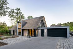 Minimalist House Design, Minimalist Architecture, Modern Architecture House, Japanese Architecture, Sustainable Architecture, Plans Architecture, Pavilion Architecture, Residential Architecture, Architecture Design
