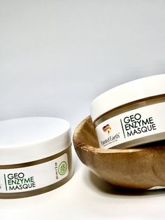 """Papaya✨Pumpkin✨Reishi  Mushrooms✨ Tea Tree Oil✨ just to name a few of the incredible ingredients in our """"GEO"""" {earth} Enzyme Masque!! Apply, wait 10-15 minutes, wipe off. Gently dissolves dead skin, unclog pores, clear acne, diminish fine lines.  Yes this is a must have in your beauty arsenal.  #paintedearthskincare ."""