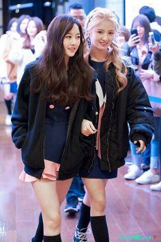 Mimi ~ Sally GUGUDAN ©MintS3lover Kpop Girl Groups, Korean Girl Groups, Kpop Girls, Ioi Members, Jellyfish Entertainment, Attractive People, Interesting Faces, Vixx, South Korean Girls