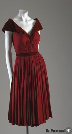 Dress Madame Grès, 1948-1949 The Museum at FIT (OMG that dress!)