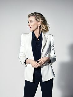 Cate Blanchett for Variety Magazine, Cannes Film Festival 2018 issue. Business Portrait, Corporate Portrait, Business Headshots, Corporate Headshots, Pose Portrait, Headshot Poses, Portrait Studio, Headshot Photography, Headshot Ideas