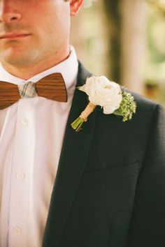Handmade wood bow tie + white rose boutonniere. Photography: Erin And Geoffrey Photography - www.erinandgeoffreyphotography.com
