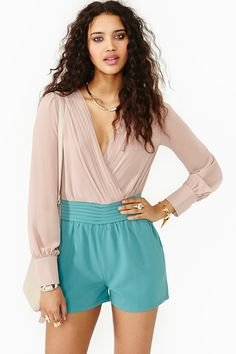 This Romper is Super Cute!!!! With some bling bamboo earrings and pink spike heels.... Yes Yes.  Ravenna Pleated Romper