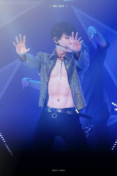 monsta-x-beautiful-in-seoul-wonho-shirtless