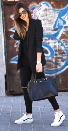 unboring-work-outfits-for-women-over, sneakers outfit, black blazer outfit unboring-work-outfits-for-women-over, sneakers outfit, black blazer outfit outfits women work 45 Unboring Work Outfits for Women Over 40 - fashion beauty Summer Work Outfits, Casual Work Outfits, Mode Outfits, Work Attire, Work Casual, Fall Outfits, Stylish Outfits, Blazer Outfits For Women, Black Blazer Outfit Casual