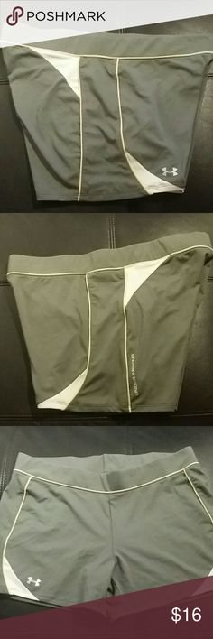 Under Armour shorts Nice Under Armour shirts size large in perfect condition Under Armour Shorts