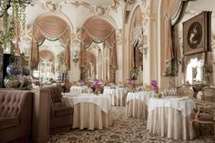 L'Espadon, the two-star restaurant at the Hotel Ritz, Paris {oh my, this is stunning enlarged!}