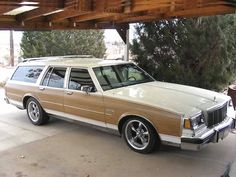 Buick for Sale Buick Wagon, Buick Cars, Old American Cars, American Classic Cars, Buick For Sale, Station Wagon Cars, Wagons For Sale, Woody Wagon, Buick Electra