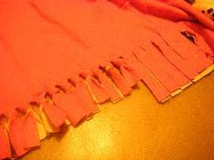 How to Make No Sew Fleece Blankets & Scarves    http://www.discountqueens.com/sew-fleece-blankets-scarves/